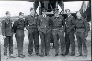 S/Ldr Penny Beauchamp and crew, April 1942. Left to right: Sgt Martin, Sgt Chiasson, Sgt Paul, S/Ldr Beauchamp, P/0 Oliver, Sgt Barnes, Sgt Whiteman. Tom Paul was injured soon afterwards whilst training as a first pilot.
