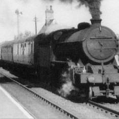 K2 61754 coming through Bottesford in 1959, photographed by Neville Stead.