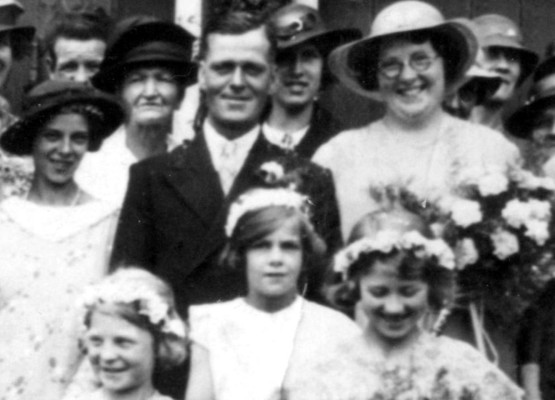 Bride and Groom: Elsie Dunsmore and Horace Tinkler. Bridesmaid, centre: Margaret Waudby, aged 8.