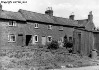 West End Cottages, Bottesford, 1957