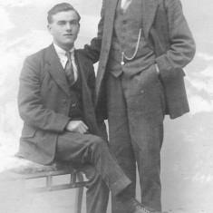 Edgar Bray and a friend c. 1910.