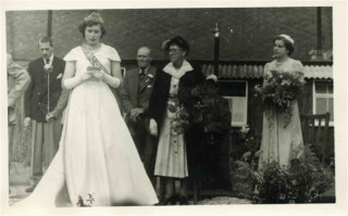 Crowning of the Festival of Britain Queen in 1951 in front of the Bottesford VC Memorial Hall: Left to right: Mr Heath, Dorothy Calcraft, Mr Gale, Mrs Gale and Margaret Waudby