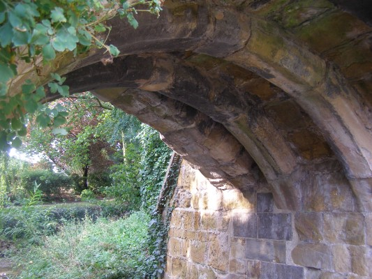 The arches of Fleming's Bridge, built of Marlstone Rock of Middle Liassic age.
