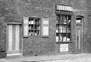 Geeson's Shop, Church Street c. 1903.