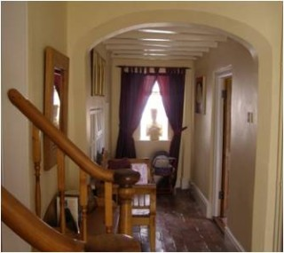 The arched inner hallway