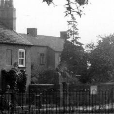 Bridge House, Easthorpe Road