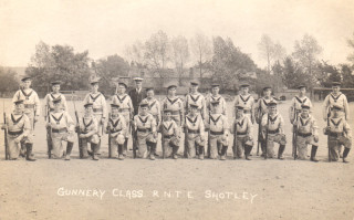 Arthur Bradshaw at gunnery school, Shotley, 1921 (Front row, 5th from left).