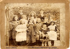 A Bottesford school photo from 1900