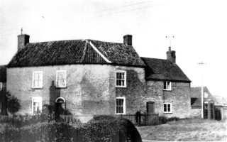 Moore's Farmhouse, now Victoria House. In 1851 Thomas Vickerstaff and family lived here.