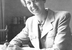 Dr Nora Kathleen Woll