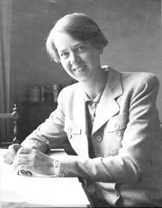 Dr Kathleen Woll as a young doctor
