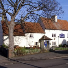 The red Lion 2006