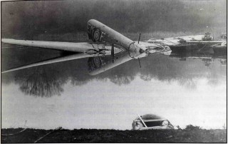 The wreck of Manchester L7300 'F-Freddie', in Fiskerton Quarry lake after P /0 Bill Hills' miraculous crash-landing.