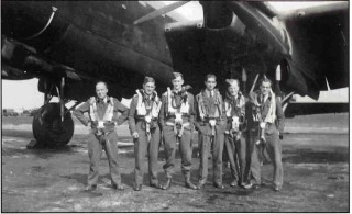 The crew of F/Sgt George Hawes RAAF, June 1942. Left to right: 'Bill' Blair, Percy Hooper, Frank Clarke, Eric Cartwright, Bill Smith and George Hawes