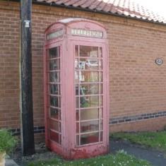 Telephone kiosk, Skerry Lane.