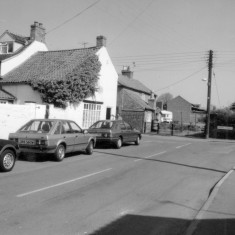 Queen's Street (late 1980's/early 1990's) NW corner