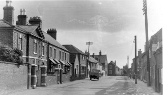 Queen Street to the south in the 1920/30s