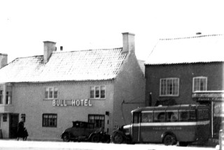 A Randell's bus outside the shop