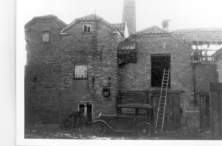 Site of the Mill House Laundry - showing early 1930s Austin 7