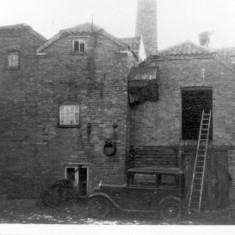 Is this the old mill and laundry on Queen Street?