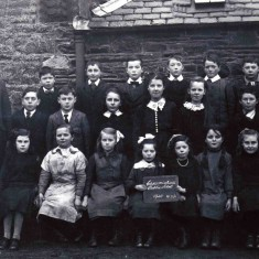 Crossmichael school 1920 - Mary Johnstone (middle row 3rd from the left)