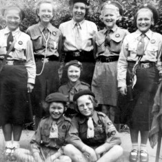 Irene Young, Ann Dunsmore, Margaret Waudby, Angela Bradshaw, Ann Ducker. Kneeling: June Mumby. Seated: Jean Dunsmore, Janet Tinkler