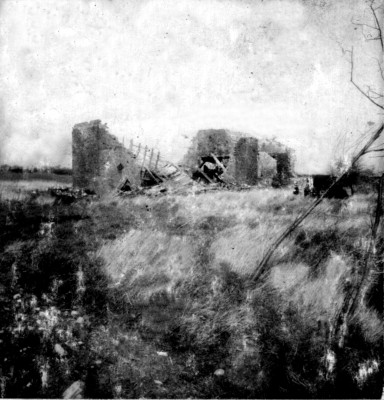 The ruins of James Lodge, photographed on 12-03-77