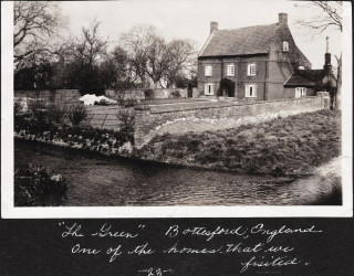 The Green, Bottesford, photographed in 1934 by Peggy Rhodes.