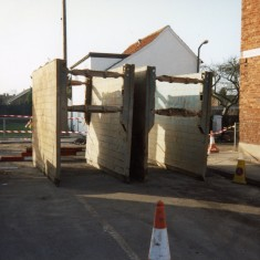 The two hydraulic shutters used in construction