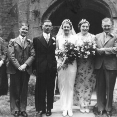 Clarice Bray's wedding to Kenneth Topps at Muston church in 1940. Albert Topps (2nd L), William (Bill) Bray (2nd R) and my recently widowed great grandmother Annie (R).