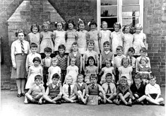 Bottesford Infants Class 1940