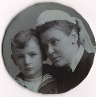 Walter Hatton aged 6 yrs 10 months with his mother Edith Hatton soon after the death of Rev. John Hatton | From the Collection of Mr. Charles Hatton