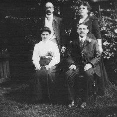 Winnie Bray's uncle Will and aunt Pollie Bray (right hand couple).