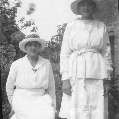 Winnie and Annie Bray c. 1920.