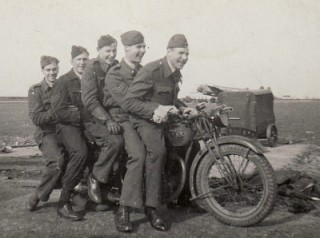 Teddy with some of his crew relaxing at Bottesford. Front to back are Keith Cazaly (mid gunner), John Lockwood (bomb aimer), Teddy Davis (flight engineer), John Ryalls (rear gunner), George Cribbin (navigator). All sergeants except Cazaly P/O.