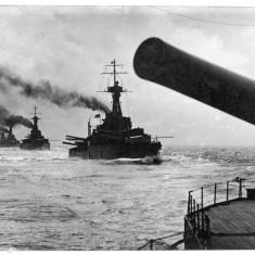 Fleet of battleships - possibly Iron Duke class?