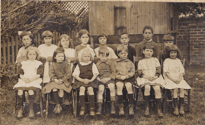 Muston School circa 1923 - Phyllis Sharpe 4th from right top row - Edgar Sharpe 3rd from right bottom row