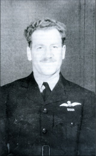 P /0 Johnny Good OFC RAAF. Good friends of the landlord of The Wheatsheaf in Long Bennington, Johnny and his crew finished their tour in July 1943 with a trip to Turin, during which they formated with another Lancaster, obviously in difficulties, and shepherded it and its crew to Tangmere and safety