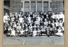 Muston school photograph, 1902