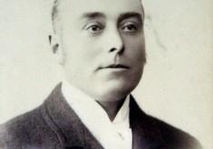 Studio portrait photo of Mr Frank Norris in civilian clothes