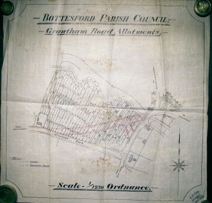 Plan originally drawn on oil cloth, showing the allotments before the new Grantham Road was built | Scan of map belonging to Mr Peter Topps