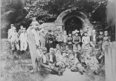 Nottingham Bicycle Club at un-identified location, possibly near Belvoir Castle