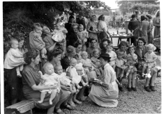 Bonnie Baby competition, May Day celebrations