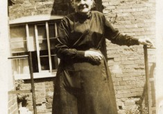 Granny Exton
