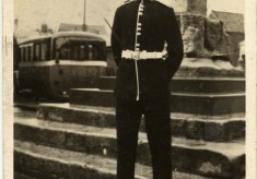 Robert Bryan, Betty's brother