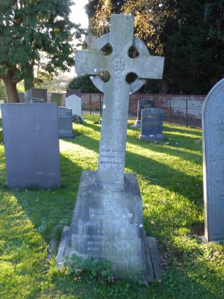 Lionel May King's gravestone in St Mary's churchyard, Bottesford | Neil Fortey, Nov 2015