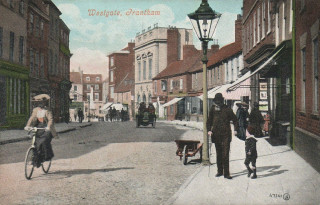 Westgate, Grantham, 1906. Arthur Ball was apprenticed at a Chemist's Shop on this street 1915-1917, before joining the RAF. | From an old postcard, courtesy of Wikipedia