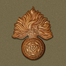 Royal Fusiliers WW1 cap badge. | Wikipedia