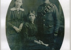 Harry Harby and family in the 1st World War