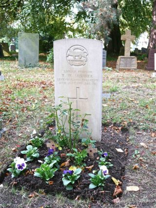 3/17229 Private T.W. Skinner, Leicestershire Regiment, St Mary's | BCHG (DM)